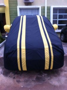 Cover Mobil Indoor Ukuran M Bahan Parasut Berkualitas Impor