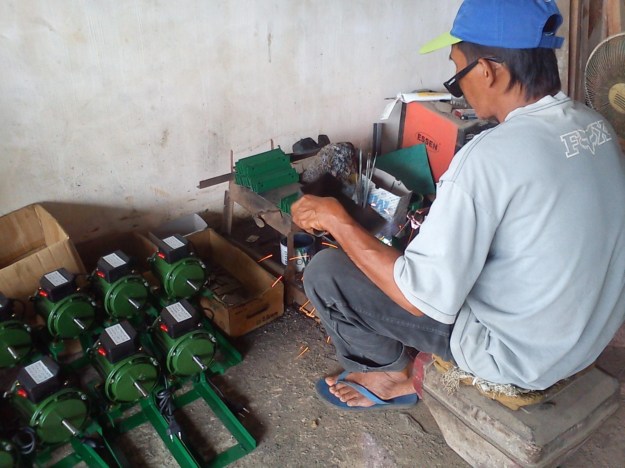 ... Harga mesin parut kelapa listrik serbaguna ...